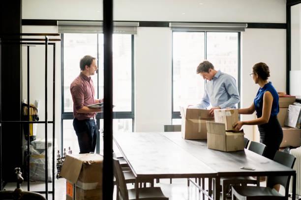 organize corporate move